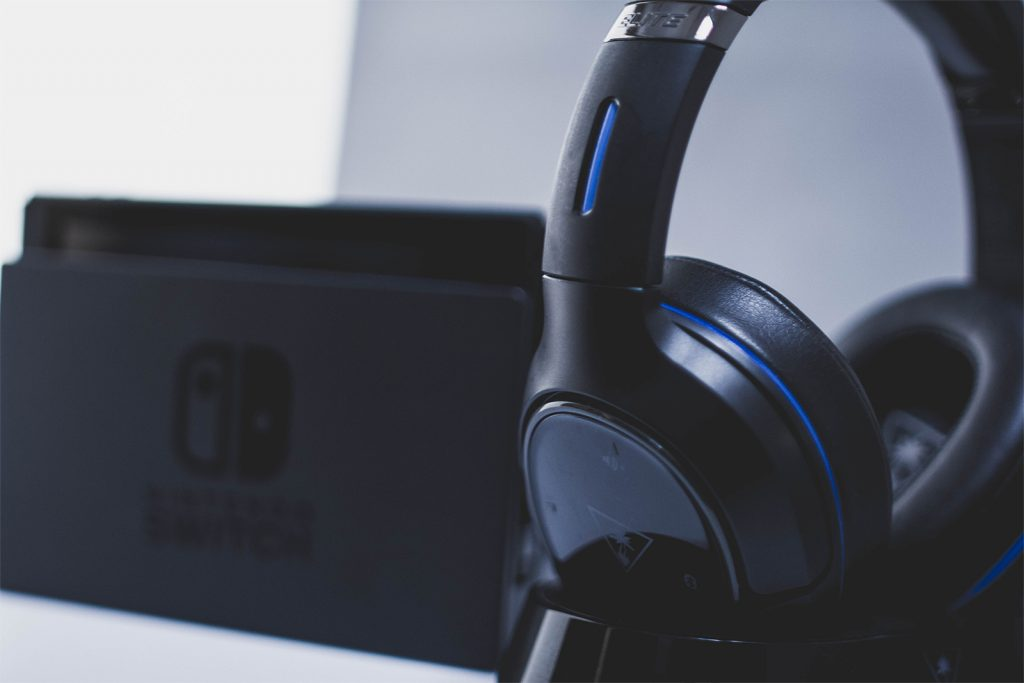 Using the Turtle Beach Elite 800 wireless headset with the Nintendo Switch.