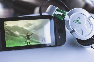 The Turtle Beach Recon 50X White headset plugged into the Nintendo Switch.